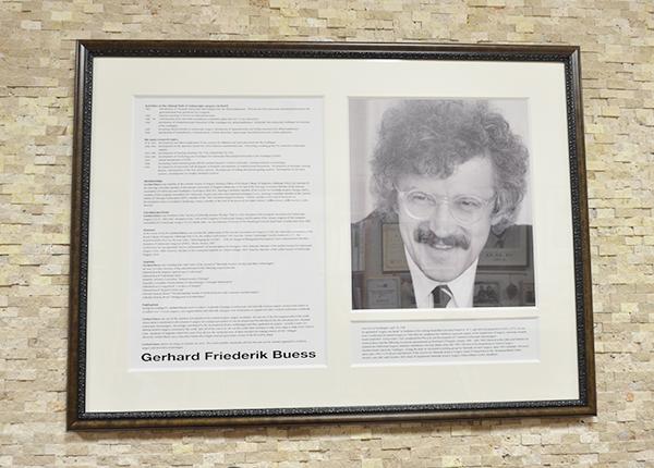 「ゲルハルト・ブエス」の画像検索結果